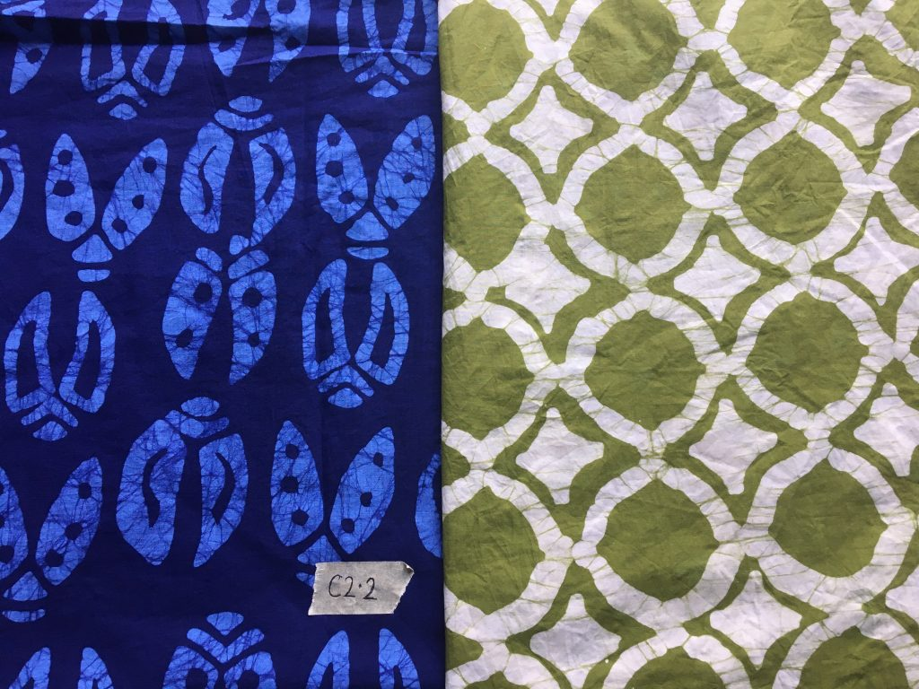 Testing different sample materials from Silk'n Fab with the Global Mamas' batik treatment!