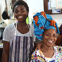 Global Mamas Cultural Headwrapping Workshop in Cape Coast, Ghana